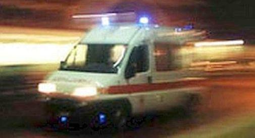 Poliziotto in servizio al seggio si spara: gravissimo