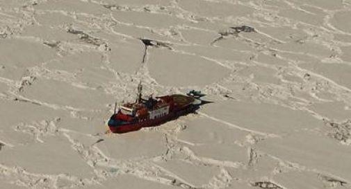 Bloccata tra i ghiacci dell'Antartide nave con a bordo 5 ricercatori italiani