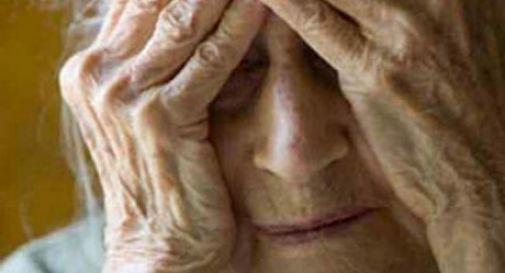 Anziana truffata da una giovane donna