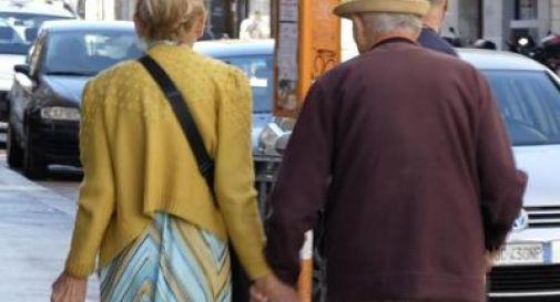 L'Italia si svuota: sempre di meno e sempre più vecchi