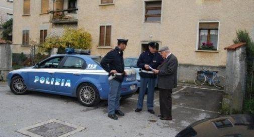 Treviso, lo abbraccia e gli sfila l'orologio da 3mila euro
