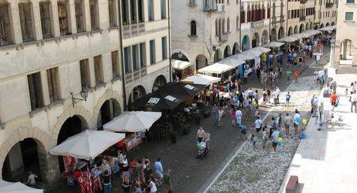 Via il mercato dal centro di Conegliano?