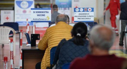 AstraZeneca in Italia, news su seconda dose ed età