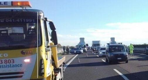 ennesimo incidente lungo l'autostrada A4