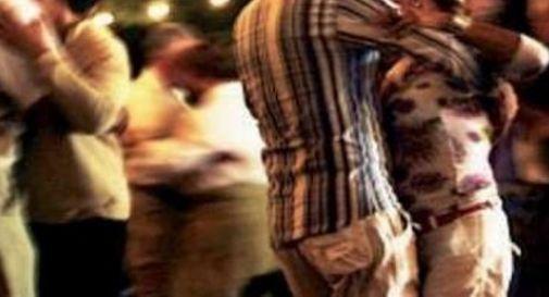Stroncato da infarto mentre balla il liscio