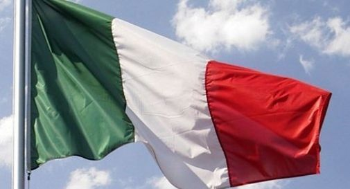 bandiera italiana festa della liberazione