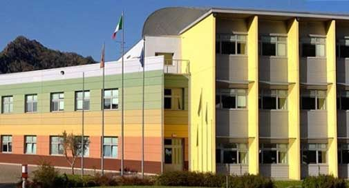 E' polemica al Beltrame di Vittorio, un docente si dissocia dalla raccolta firme per la collega sospesa: