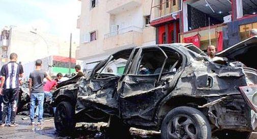 Bengasi, autobomba davanti all'ospedale: 15 morti