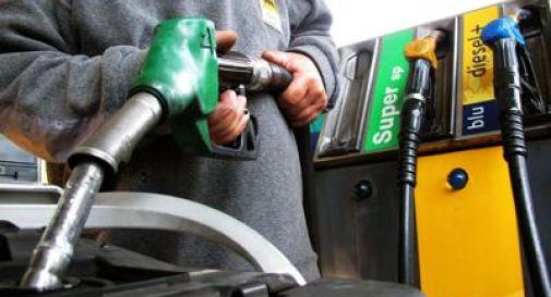 Benzina e diesel, si lima al ribasso