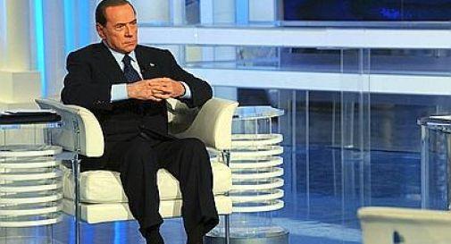 Pdl, simbolo con 'Berlusconi presidente'. Cancellato Maroni dal logo della Lega