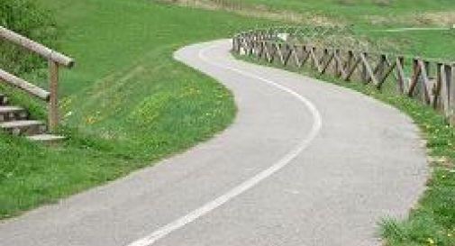 34enne muore all'improvviso mentre corre in bici