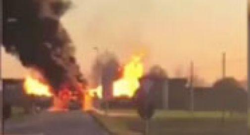 Autobus in fiamme, l'autista mette in salvo i passeggeri