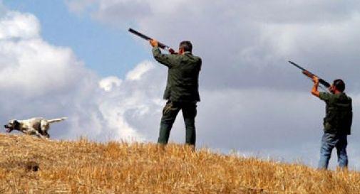 Ragazza impallinata da un cacciatore