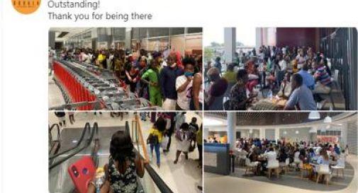 Nuovo centro commerciale in Camerun, caos sulle scale mobili: alcuni non le hanno mai viste e non riescono a salirci