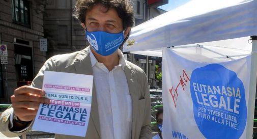 Eutanasia legale, superate 320mila firme per il referendum