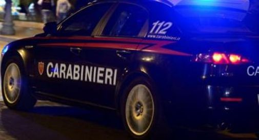 Tentano di uccidere un 17enne e suo padre: tre giovani fermati