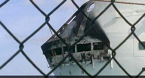 Nave da crociera in fiamme alle Bahamas, oltre 2.200 passeggeri in salvo