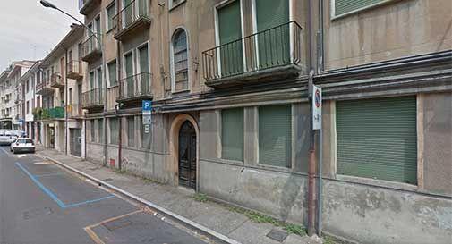 Morti e spaccio negli edifici abbandonati di Conegliano:
