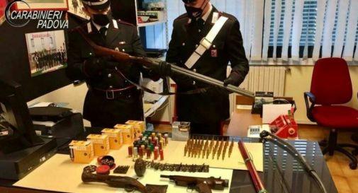 Aveva un arsenale in casa: arrestato