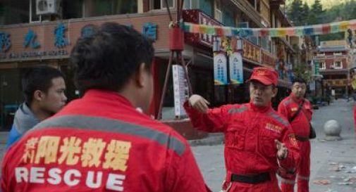 Cina, bus si schianta all'ingresso di un tunnel: 36 morti