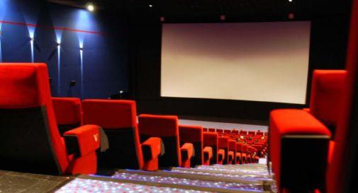 Green Pass stadio e cinema, capienza massima 50% in zona bianca
