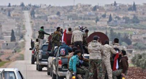 La Turchia bombarda la Siria