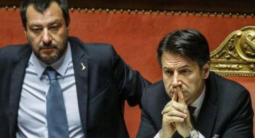Netto calo di fiducia in Salvini, Conte al 52%