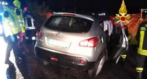 Schianto fatale contro un muretto a Trevignano:  morto automobilista