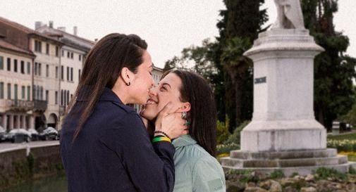 Baci e piccoli gesti d'amore per affrontare la pandemia