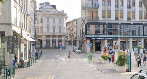 Treviso, ruba vestiti e un profumo in un negozio del centro: arrestato