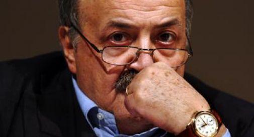 Berlusconi indagato per fallito attentato a Costanzo