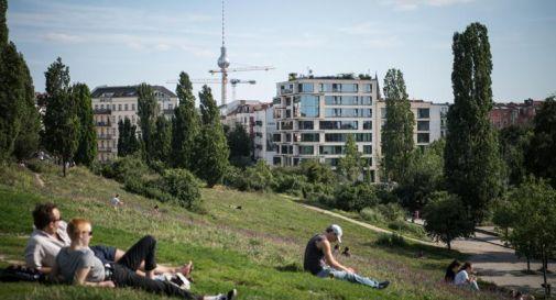 Covid, in Germania mascherina fino a primavera 2022