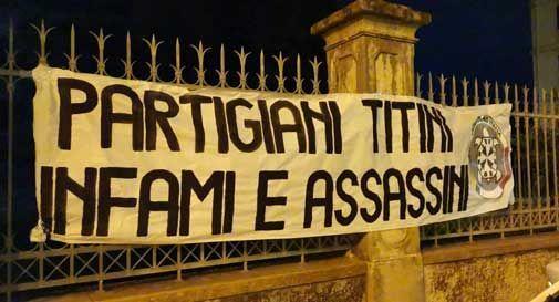 Striscioni di CasaPound a Vittorio Veneto, l'Isrev: