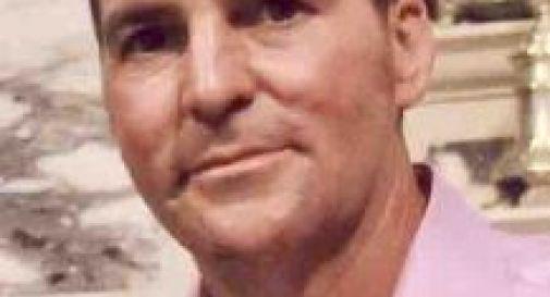 Papà di tre figli stroncato da un tumore