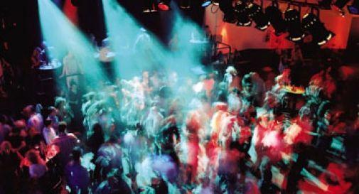 20enne violentata in discoteca