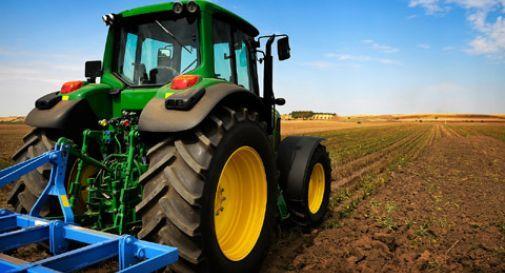 Muore sul lavoro, secondo agricoltore schiacciato da trattore in 24 ore