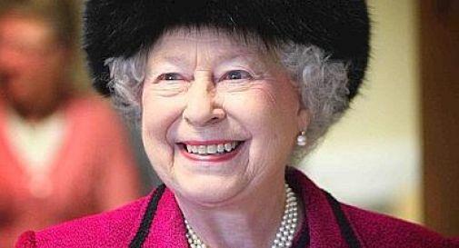 Elisabetta II ricoverata in ospedale Salta la visita della regina a Roma