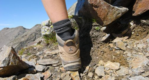 Escursionista viaggia per 112 km com la schiena rotta