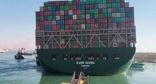 Suez, trovato accordo per lasciar ripartire la Ever Given