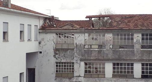 Vittorio Veneto, crolla parte del tetto all'ex Mafil, è polemica