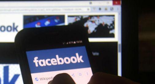 Fake news covid su Facebook, condannato a 15 mesi di carcere