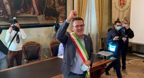 Marcon, confermato sindaco, dedica la vittoria elettorale alla madre