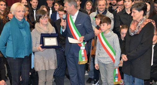 Il comune dona 2500 euro di strumenti musicali all'Istituto Comprensivo