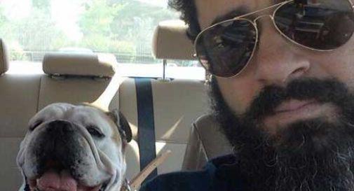 Medico si tuffa per salvare il cane: muoiono entrambi