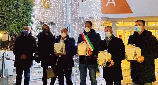 Panettoni e solidarietà: la Pasticceria Fraccaro ringrazia gli operatori dei Covid-point trevigiani