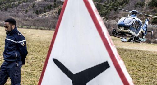 Aereo caduto in Francia, ipotesi esplosione pile al litio in cabina di pilotaggio
