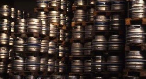 """Dalla Germania all'Italia con 700 litri di birra. Fermato al Brennero si giustifica: """"E' per il compleanno di un amico"""""""