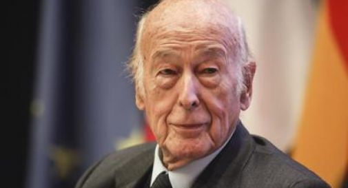 ex presidente Giscard d'Estaing morto di covid