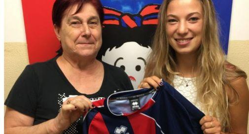 Elena Govetto con la presidente rossoblù Patrizia Ferro