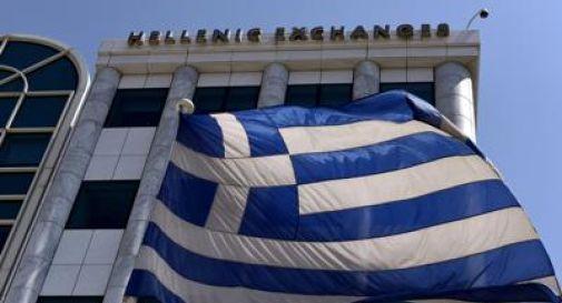 Tensione Atene-Ankara, nave turca spara in acque greche